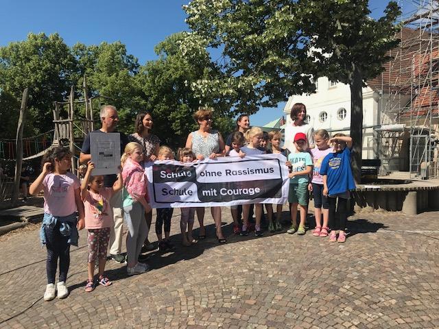 """Seit 17.6.2019: """"Schule ohne Rassismus – Schule mit Courage"""""""